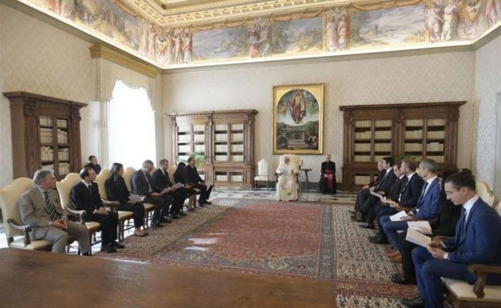 Il Sismografo: Vaticano El papa promete mantener finanzas claras ante  escándalo